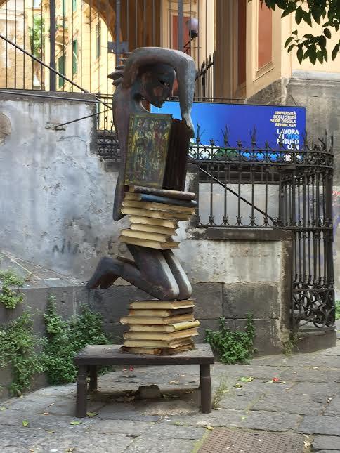 Napoli-undeva la colt de strada
